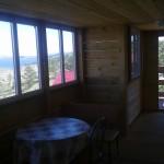 Тераса с мебелью для отдыха и видом на Байкал